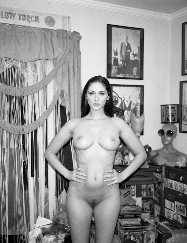 20130914-Carlotta-Champagne-1st-shoot-film--0005.jpg