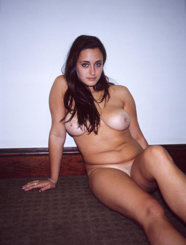 GTrimble-nude-HY-film-apartment-20110823-8.jpg
