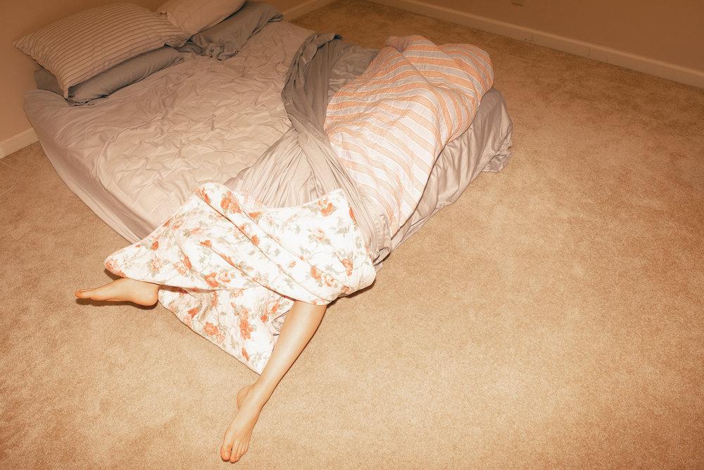20180927-Hannah-jumping-into-bed-X-T2-0047-Edit.jpg