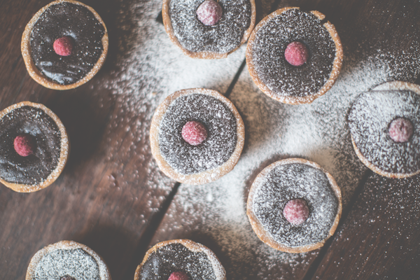 recipe for dark chocolate and raspberry tarts from the Simple Things magazine