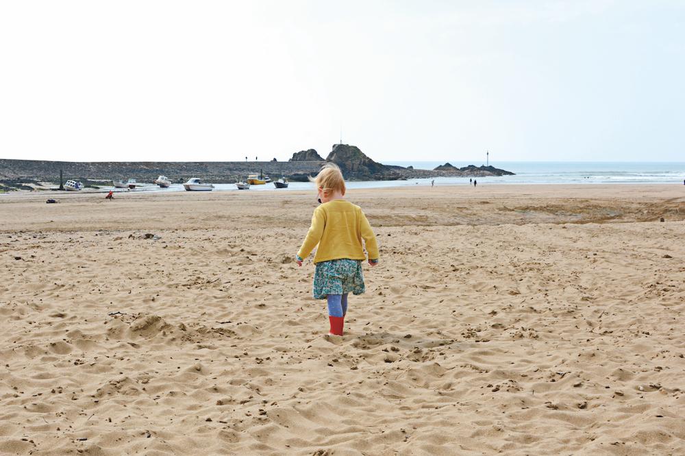 SIM61.TIYK _Summerleaze-Beach - 5.jpg