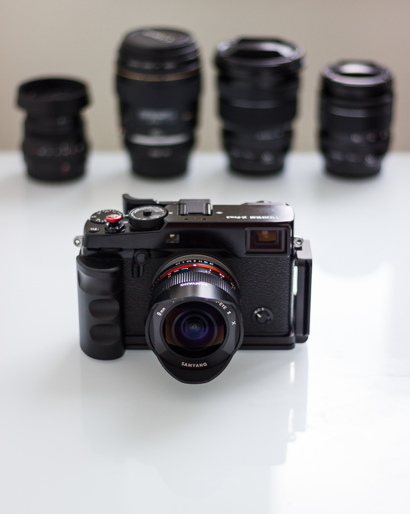Lenses in the background, from left to right: 1 - Fujinon XF 35/2,0 R WR 2 - Canon 100/2,0 USM + Photomadd EOS-FX Adapter 3 - Fujinon XF 10-24/4,0 R OIS 4 - Fujinon XF 18-55/2,8-4,0 R LM OIS