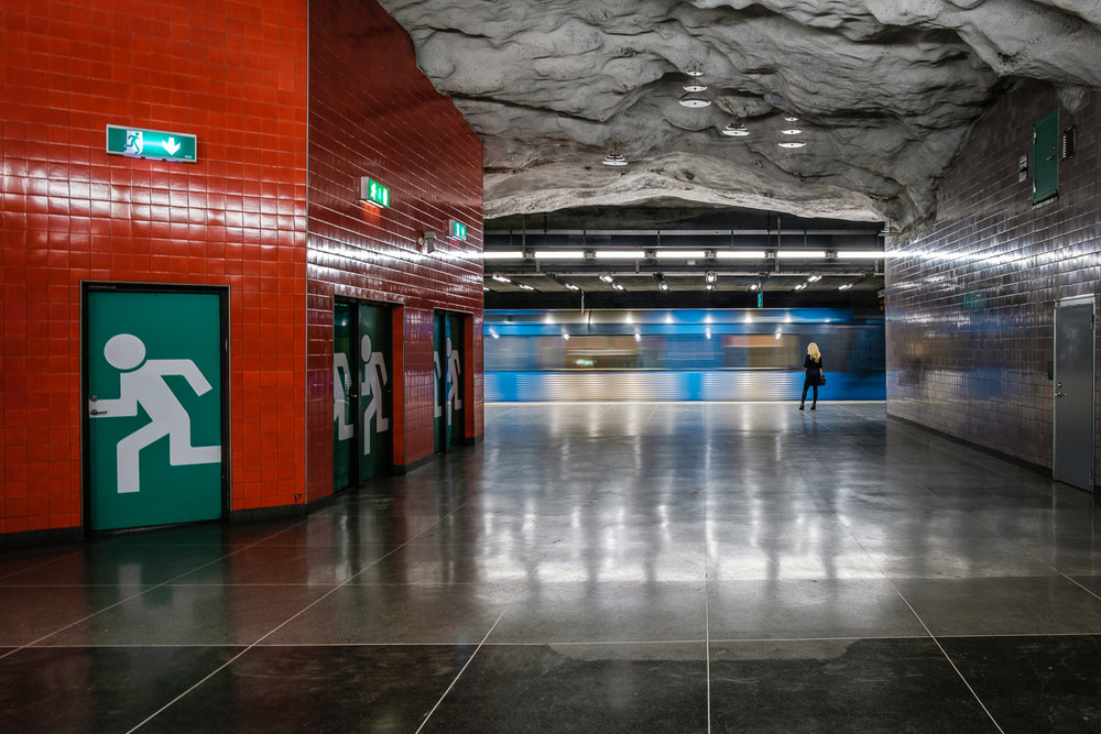 Tekniska Högskolan Metro Station. Shot handheld at 1/5 sec.Tack Sharp. Thank you Fujifilm!  Fujinon XF18-55/2,8-4,0 R LM @ 18mm 1/5 sec f/5,6 ISO 200. Classic Chrome Film Simulation.