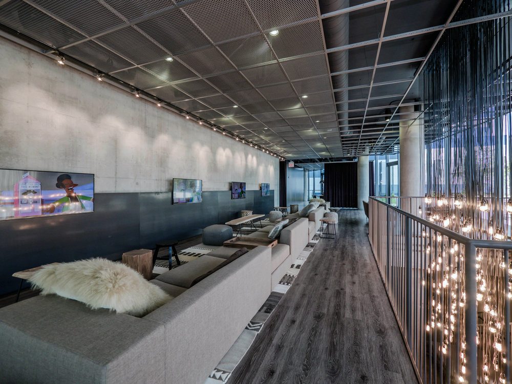 Lounge-390576.jpg