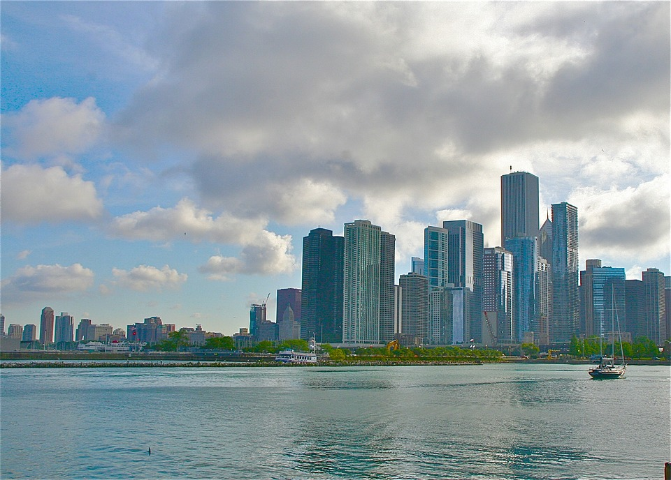 You don't need us to tell you how amazing Chicago is. After all, you live here! Now that the weather is warming up and the spring season is right around the corner, it's time to start making plans for outdoor fun! If you're looking for an exciting way to spend time with the entire family, be sure to check out the kid-friendly Ping Tom Memorial Park.      Located at 300 W 19th Street in Chicago, Ping Tom Memorial Park features a children's playground, community gathering areas, and Chinese landscape designs. This rolling green space has incredible views of the river so if you're looking for an urban oasis, this might just be it.      It's also the perfect place to let the little ones roam around on the many playground areas and kid-friendly equipment. Pack a picnic and spread out anywhere you want on the nearly 5-acre green lawn or snap some photographs in front of some of the most well-kept landscape designs. We can't think of a better way to spend time with your loved ones!