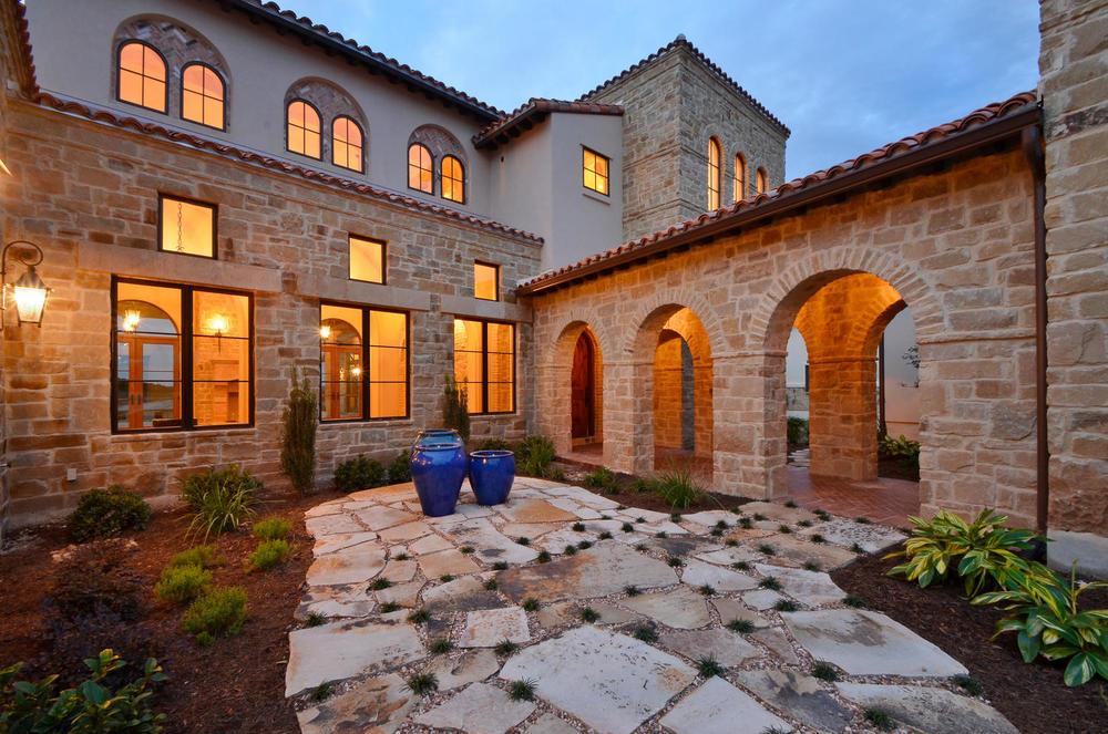 Architecture Home Italian estate courtyard