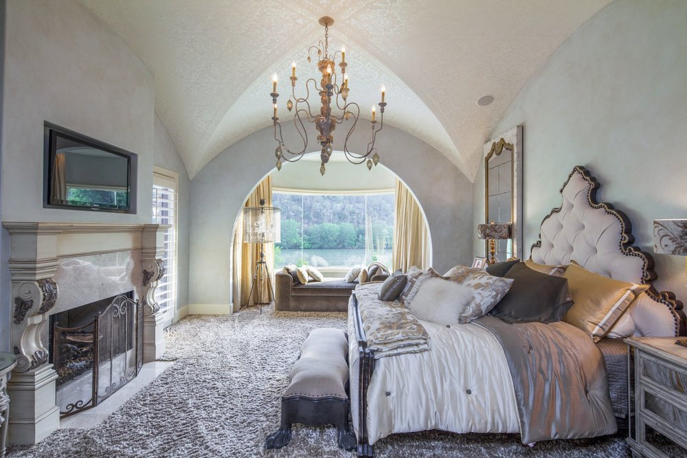 Architecture Home Eclectic old world bedroom