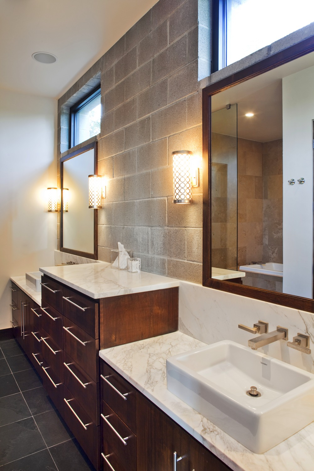 Architecture Home Modern Industrial bathroom
