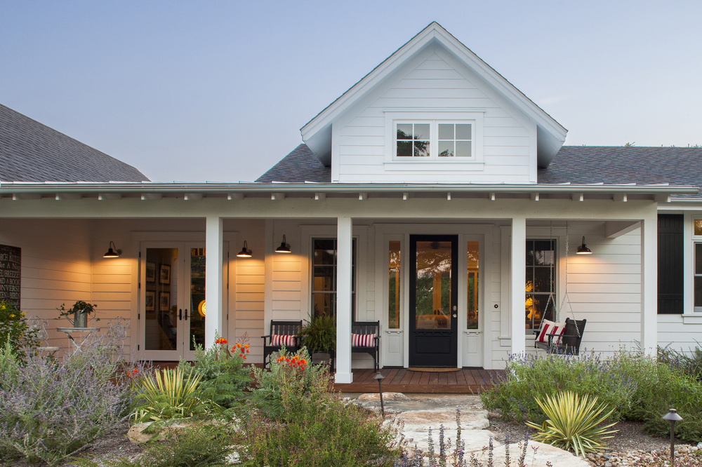 Farmhouse Style Architecture