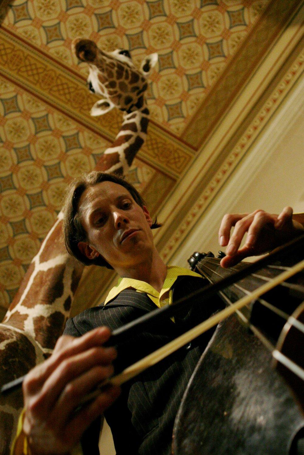 Mayim Alpert luthier.jpg