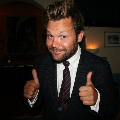 Anders Gottlieb-Nygaard, gründer/eier/faglig ansvarlig(«Sjuende far i huset») hos Pocket & Comms. Anders snakker, tenker og drømmer mat og drikke hele tiden, og jeg er oppriktig stolt over å ha ham som med-blogger her hos oss. :-)