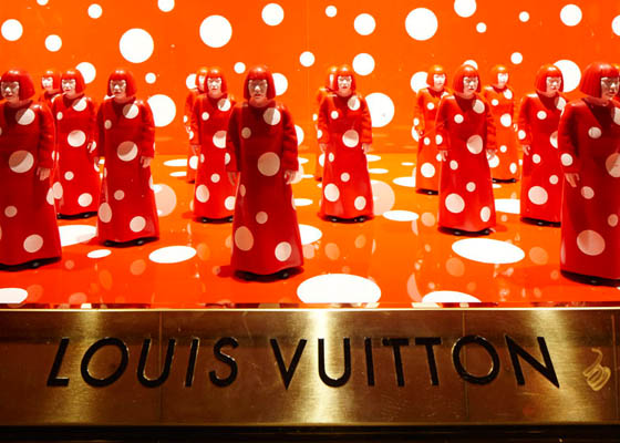 1 Louis Vuitton and Yayoi Kusama's very dotty collaboration 3.jpg