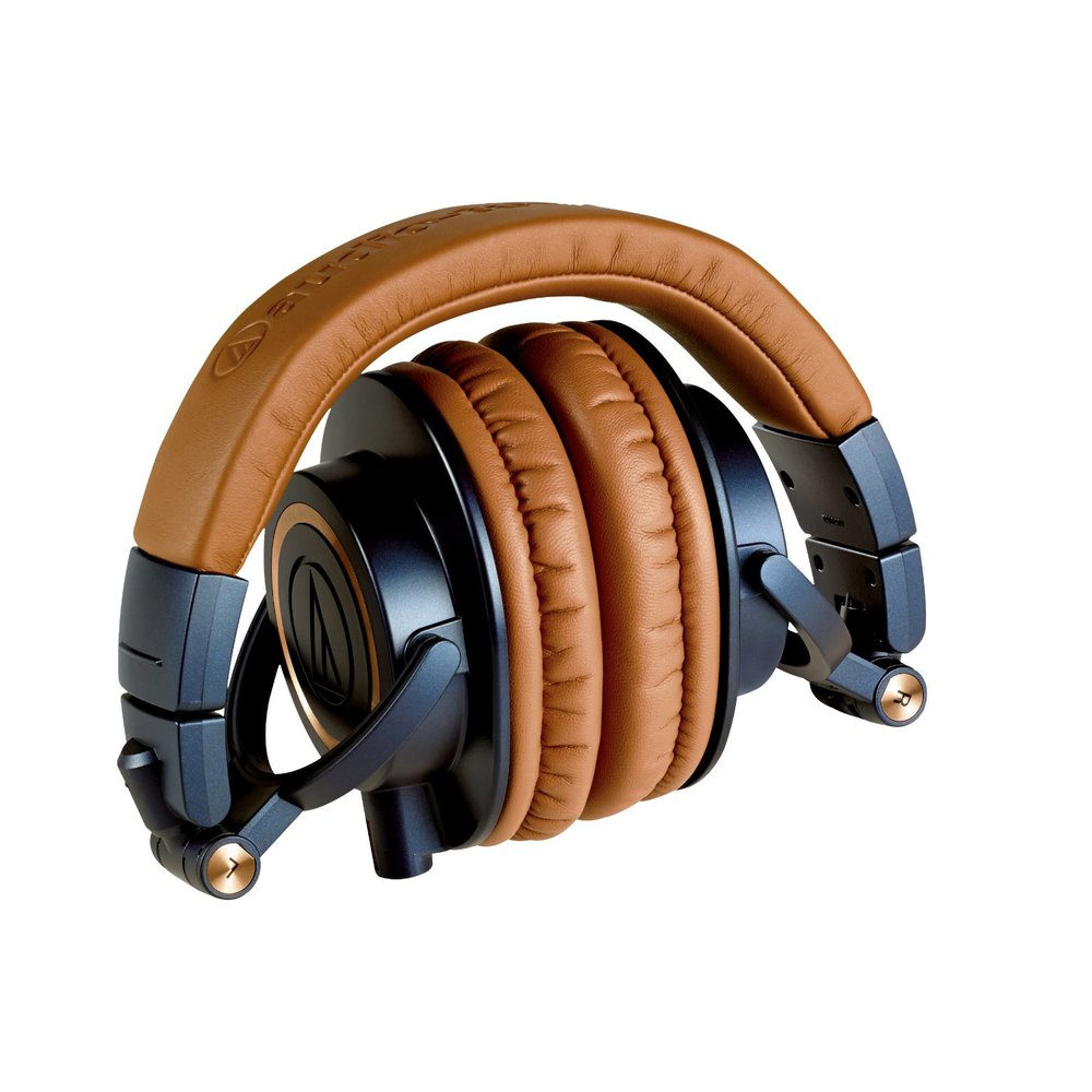 The ATH-M50x is a great headphone for commuting and traveling thanks in part to its collapsable and compact design.