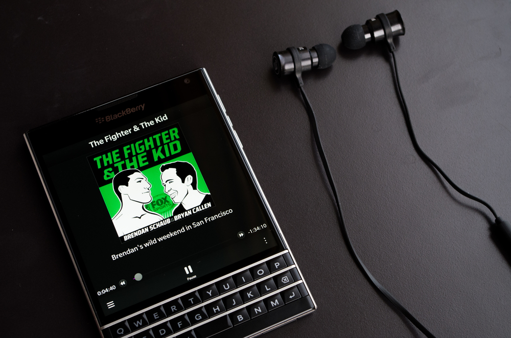 Blackberry Passport - Nobex Podcast App - Brainwavz BLU-100 Earphones