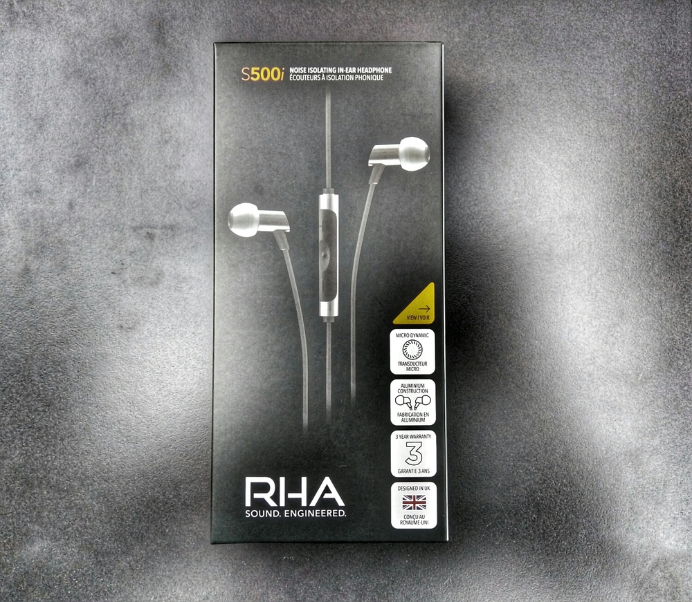 The review unit packaging for the RHA s500i earphones.