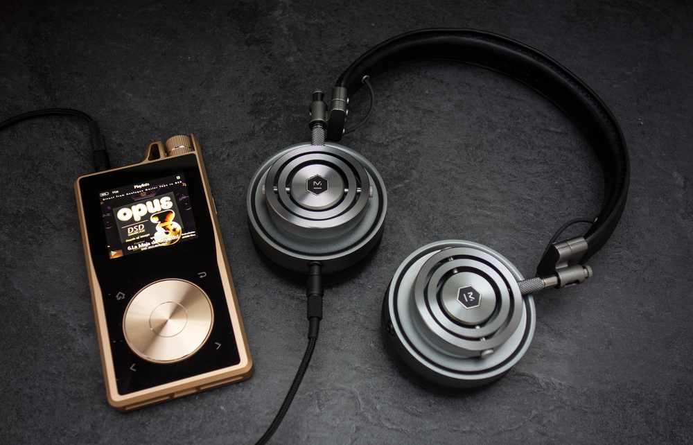 Master and Dynamic MH30 Headphones paired with the Questyle QPR1 Audiophile DAP
