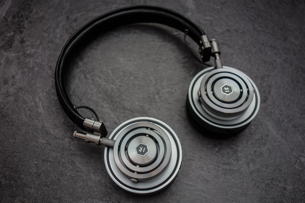 The Master and Dynamic MH30 are one of the best looking headphones we have seen to date with ear cups made from a combination of steel and aluminium.