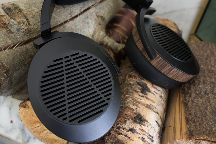 Wood headphones? Yes please!