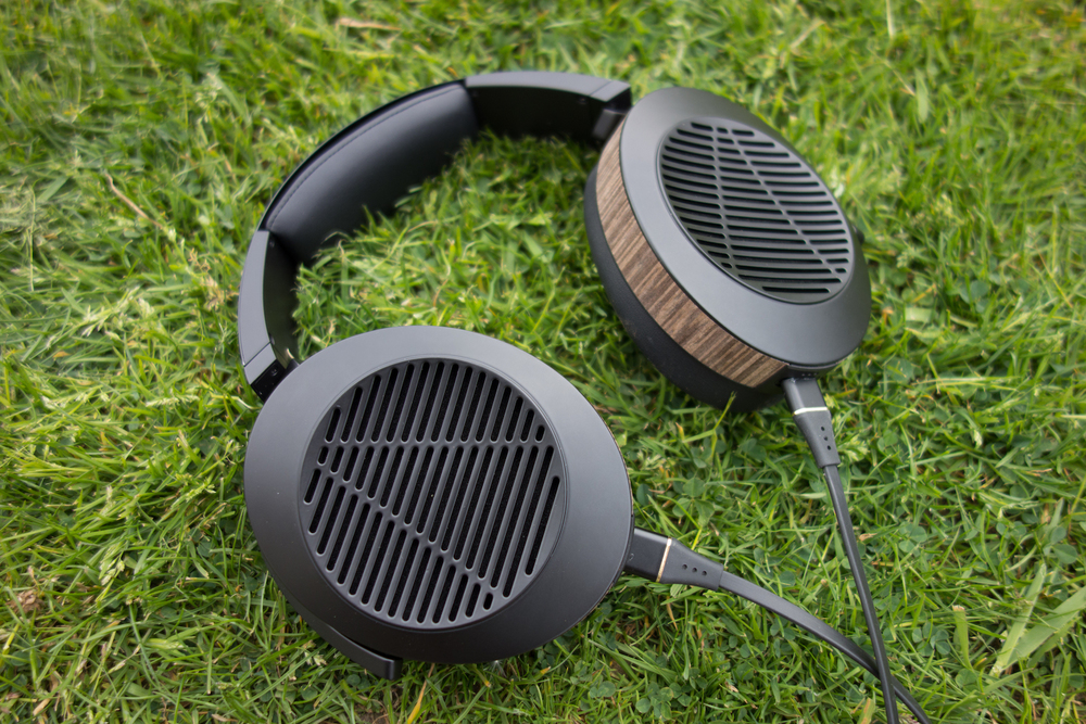 The Adeze EL-8 open back headphones.