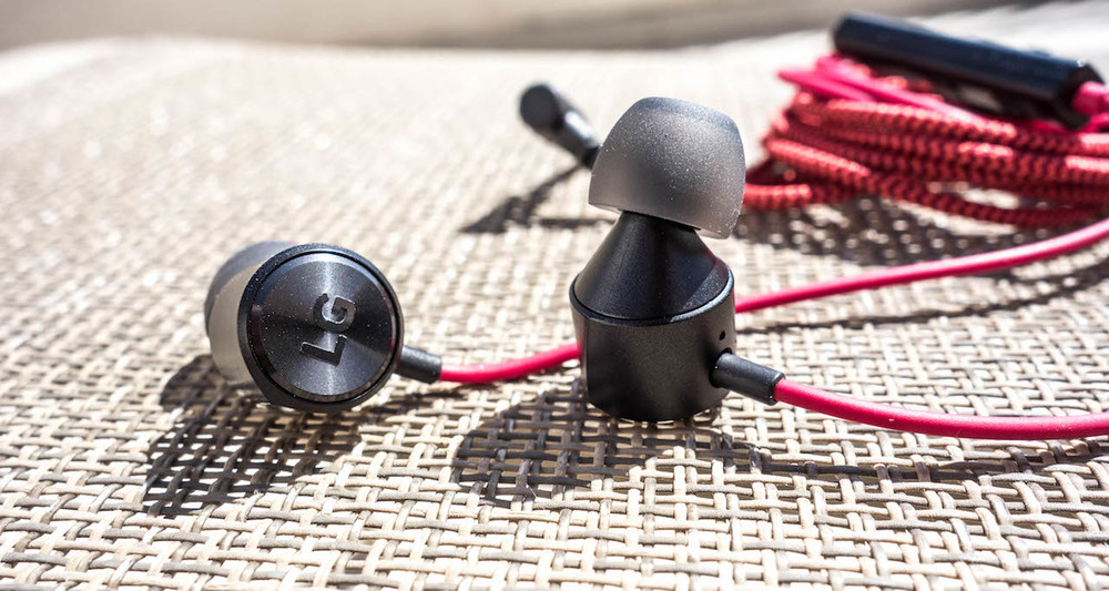 LG Quadbeat 3 dynamic driver earphones in red an black colour combo.
