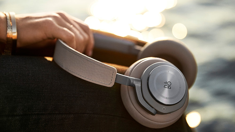 Bang & Olufsen B&O Beoplay H9 Headphones.