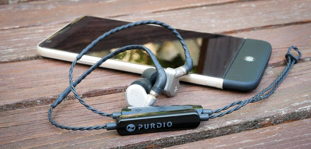 The Purdio MX840 allows you to transform and wired MMCX headphone into a set of wireless earbuds.