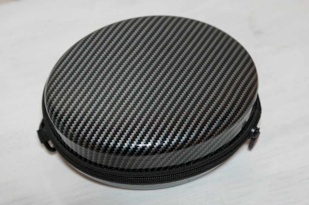 Faux carbon fibre hard shell case for the Noontec Hammo Wireless headphones