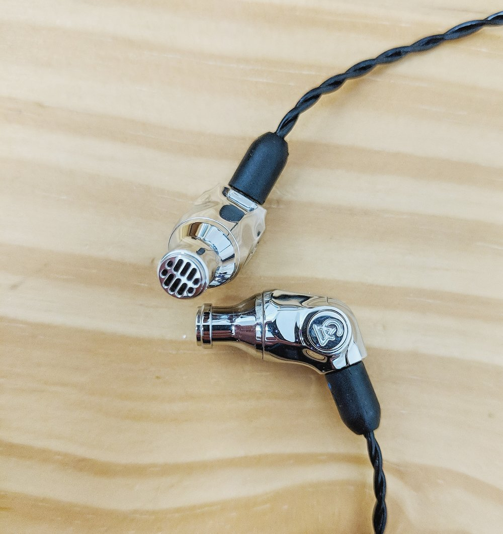 Campfire audio comet earphones with exceptional build quality and custom design impressed us throughout this review.