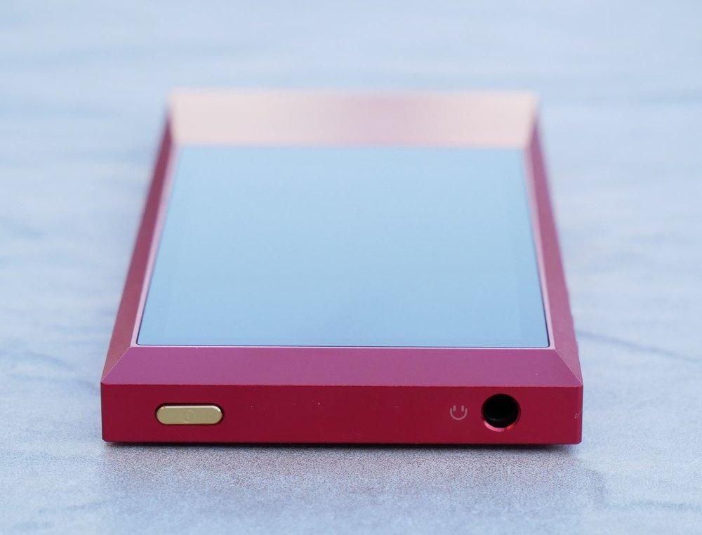 Astell & Kern AKJR review red audiophile music player.