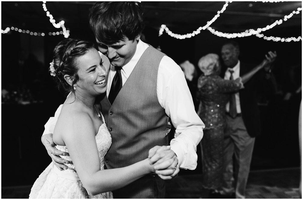 golden_colorado_wedding_77.jpg
