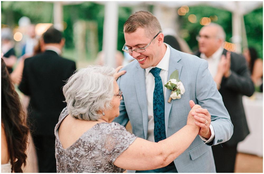 lyons_farmette_wedding_88.jpg