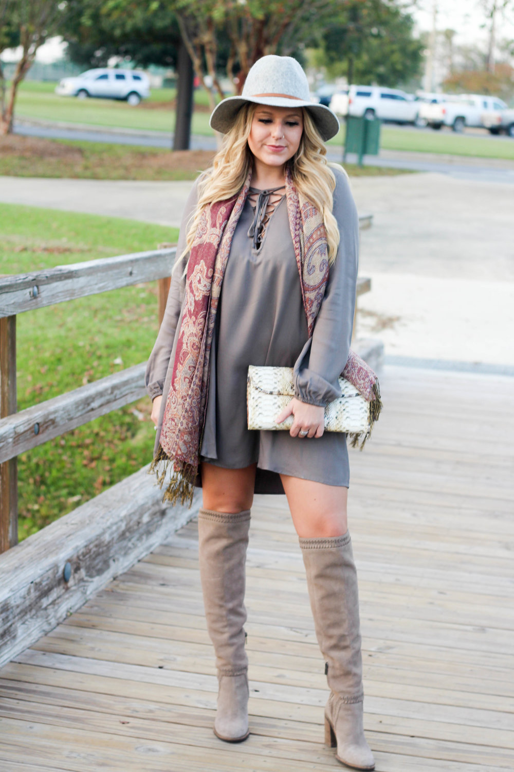 Hat:  Target  / Dress:  Tobi  / Scarf: Old / Boots:  Nordstrom  / Clutch: Old