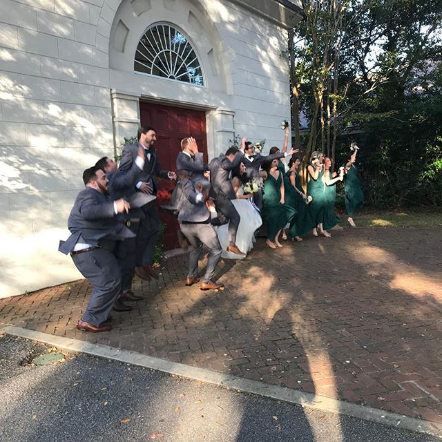 Just having fun! #colemanhallandchapel #hazeleyesphotography #charlestonweddings #southerncharm #southernweddings #familyfirst #wildthymecatering #sohappy