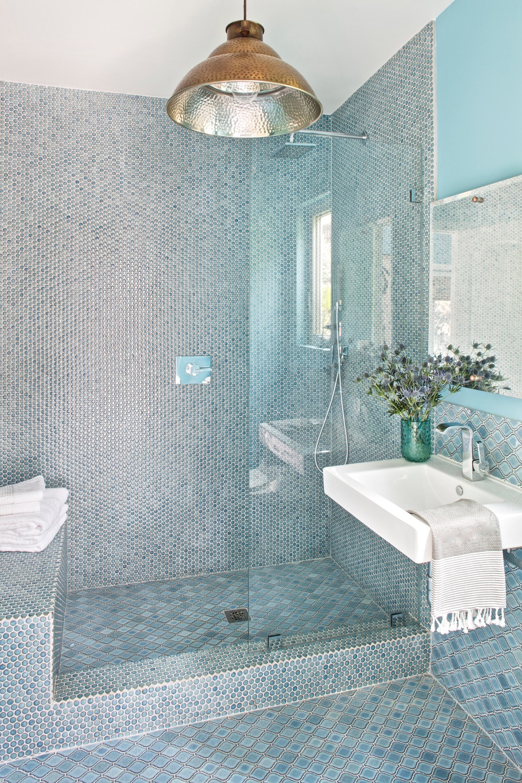 Shelby_WestHollywood_BathroomOverall.jpg