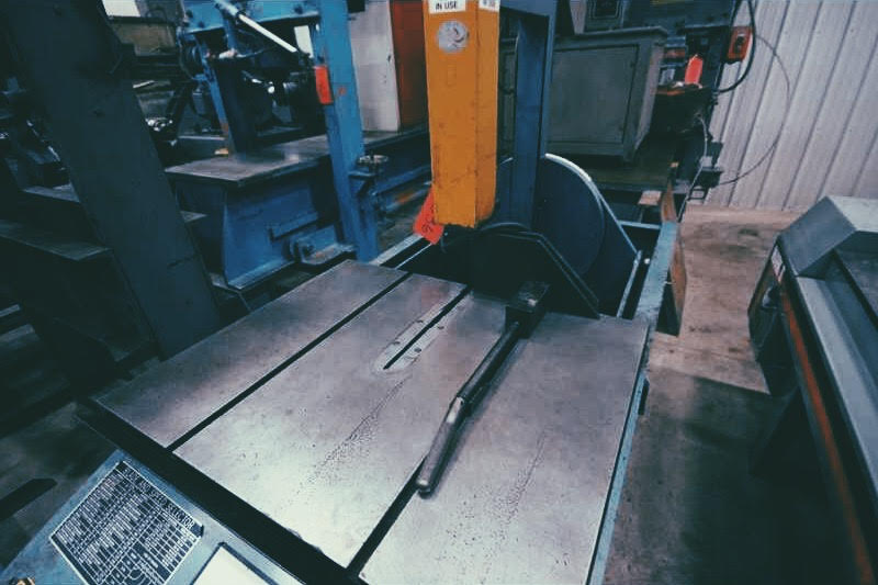 Roll-In TF1420 Vertical Bandsaw