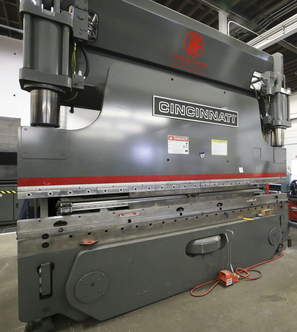 CINCINNATI PROFORM 230 TON CNC PRESS BRAKE