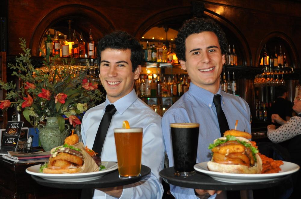 louies-of-ashland-recession-burgers.JPG
