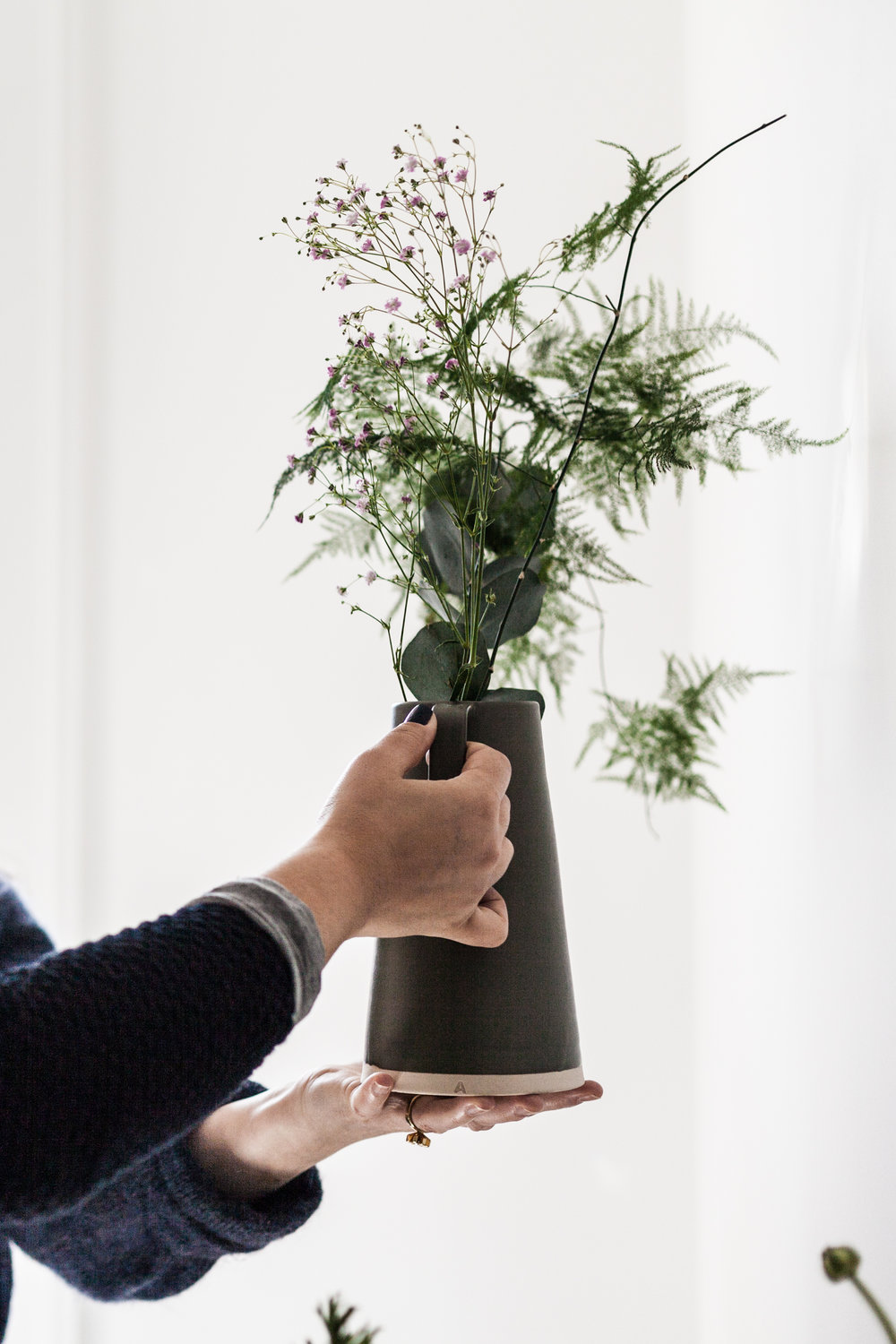 Jette Virdi, based in Dublin and London teaches a Floral Workshop