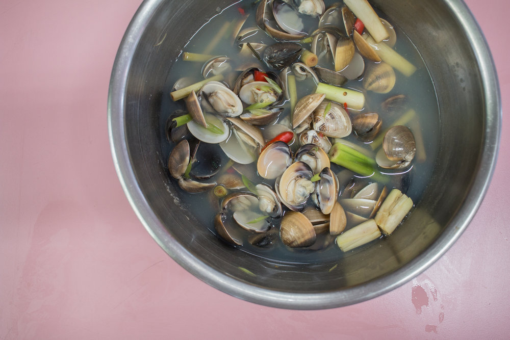 Vietnamese clams photographed by Jette virdi