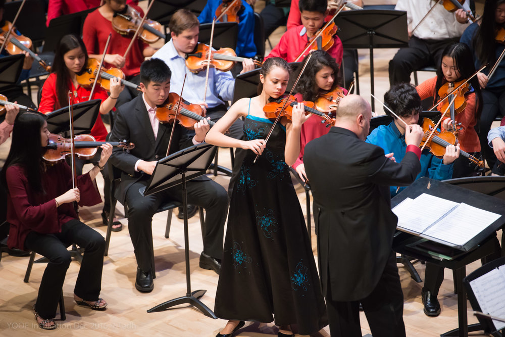 Sphinx Competition winner Maria Sanderson, violin, with the YPO (photos courtesy Ted Hioe)