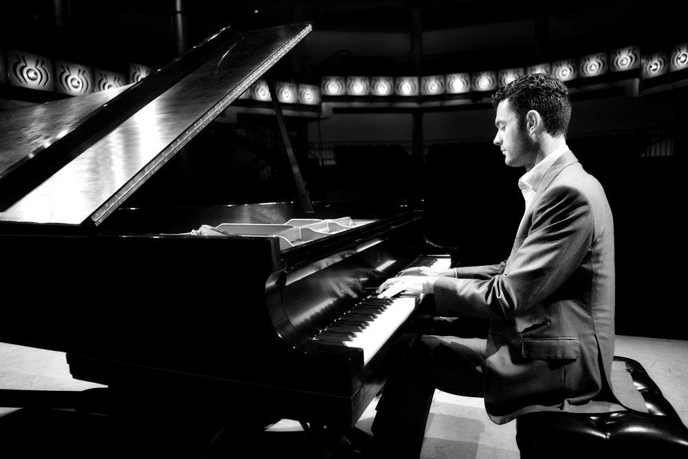 Pianist Steven Vanhauwaert
