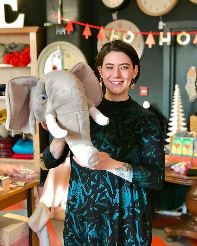 🎁 #AllIWantForChristmas is this BEAUTIFUL plush wall-mounted Elephant Head 😍🐘 #staffpickoftheday #elephant #plush #supportindependent #familyrunbusiness #independentretailer #christmasshopping #xmasshopping #giftsforkids #shoplocal #arundel #sparksyard #livelikeus #giftlikeus