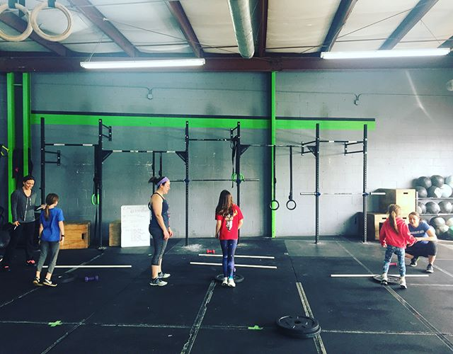 Had an epic morning of taking on 18.3! Congrats you three. @crossfitkids @crossfit615 @crossfitgames #crossfitkids #cf615kids #GrownStrong #YouGrowGirl #KindandBrave #strongerfasterbettertogether #FUNctionalfitness