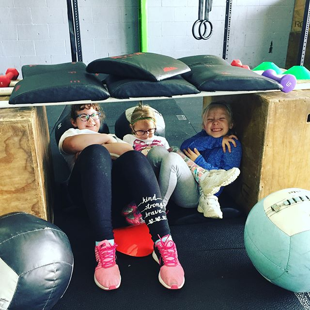 Celebrating the end of pull up month with a nap in our game time fort 😆 great work this month you all, so proud of your progress made in March! @crossfit615 @crossfitkids #crossfitkids #cf615kids #FUNctionalfitness #kindandbrave #grownstrong #strongerfasterbettertogether