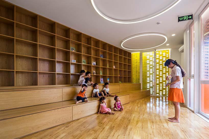 chuon-chuon-kim-2-kindergarten-designboom-03.jpg