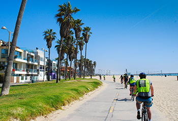 Chic hotels get in on L.A.'s car-free trend    Forbes Travel Guide,  Dec 11, 2013