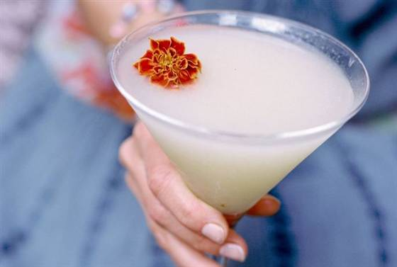 Summer sipping: try sake cocktails for light, refreshing drinks    TODAY Food , May 27 2014