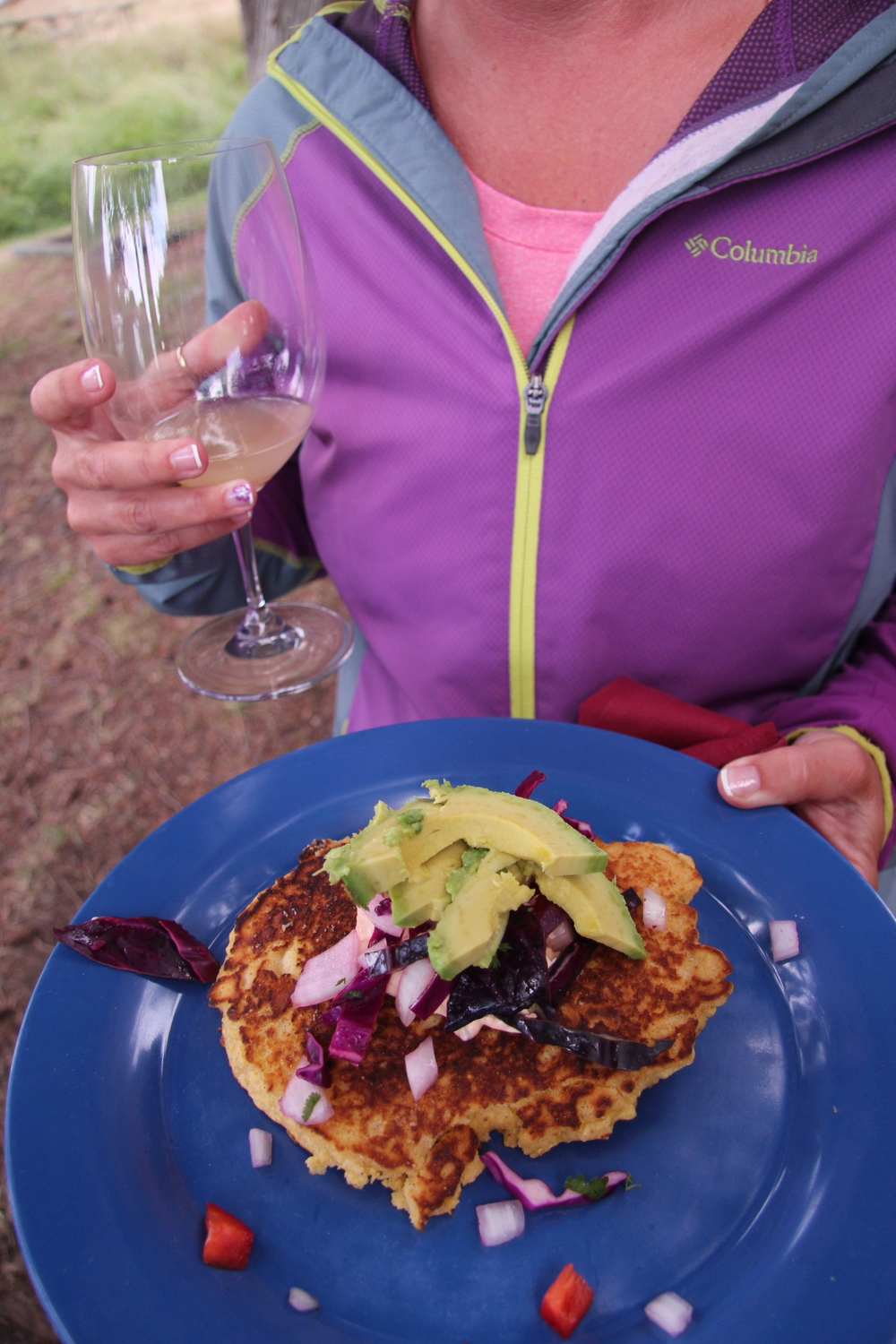 grilled corn cakes with slaw, avocado and chipotle sour cream… enjoyed with unfiltered Chardonnay in the San Juan Islands