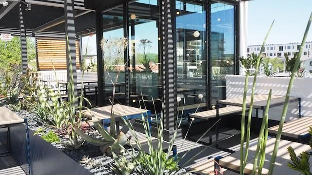 Backbeat: South Austin's Hot New Spot for Rooftop Cocktails Zagat, March 29 2016