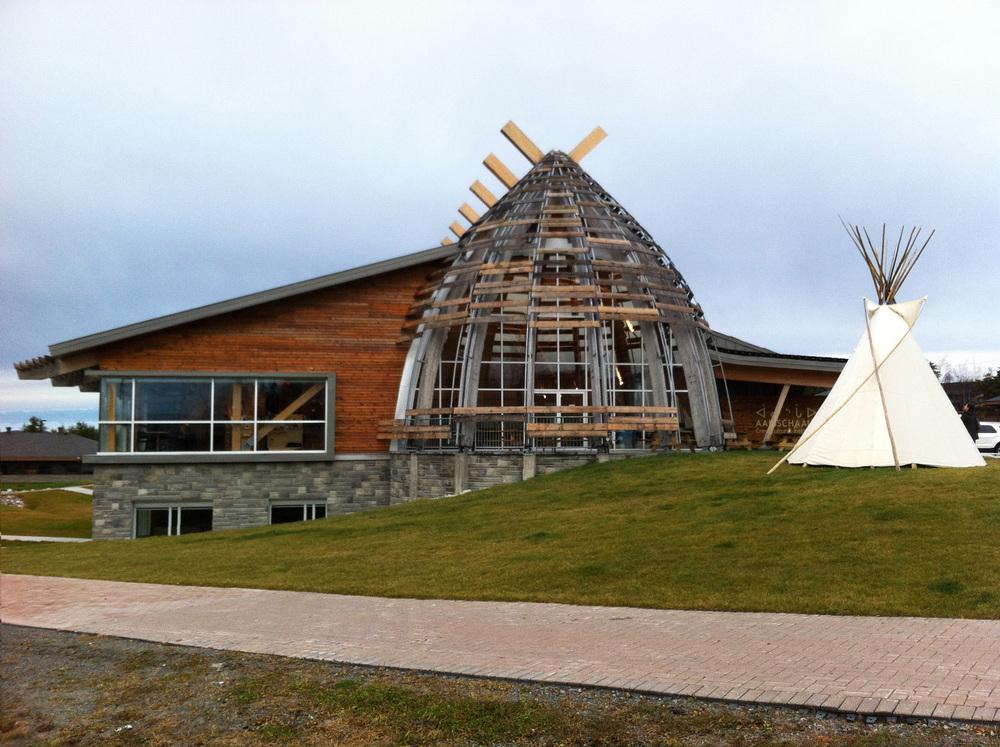 Photo par l'Institut culturel cri Aanischaaukamikw fournie par v2com.